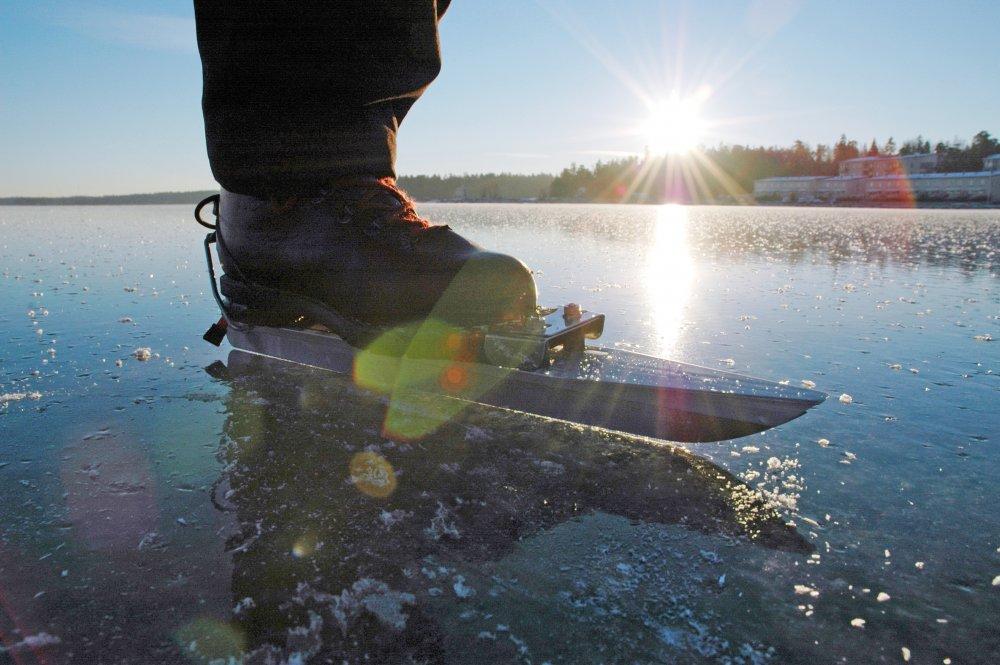 Retkiluistelijoille SUH:n erikoispisara ennaltaehkäisevästä jääturvallisuustyöstä