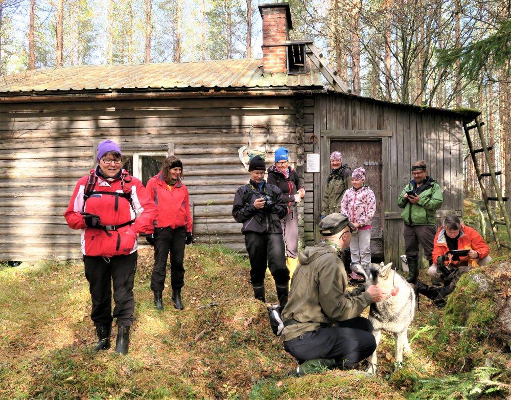 Kuukauden ulkoiluteko: Vanhasta metsähallituksen tukkikämpästä tuli vuokratupa Maaselän Ladun talkoovoimin