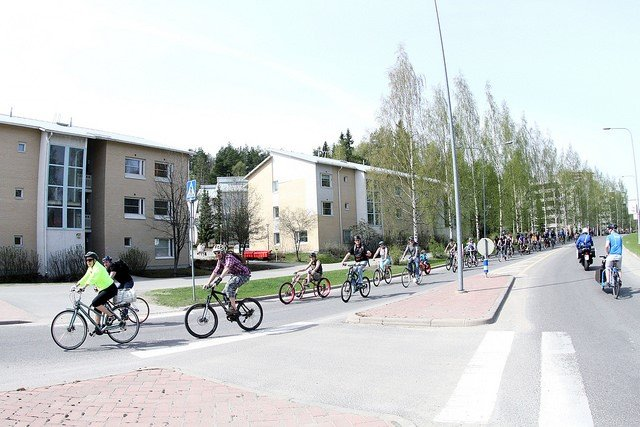 Kuukauden ulkoiluteko: Jyväskylän Pyöräilyseura JYPS ry edistää pyöräilyolosuhteita ja lisää turvallista pyöräilykulttuuria