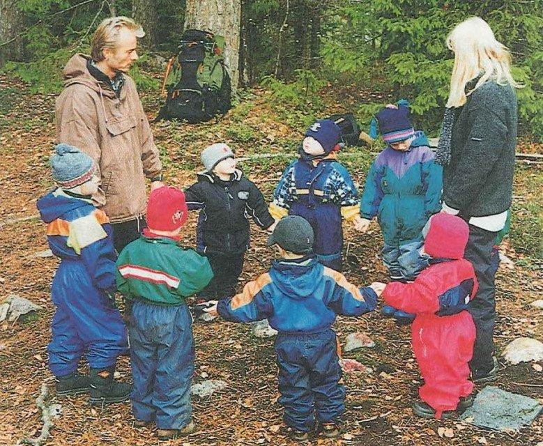 Tuumat ja tuntumat: Lapset luonnossa kotonaan